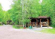 Bakers Narrows Lodge - Flin Flon, Canada - 15 Modern Log Cabins