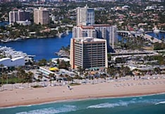 Courtyard by Marriott Ft Lauderdale Bch - Fort Lauderdale, Florida -