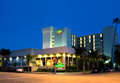 Courtyard by Marriott - Long Beach, California -