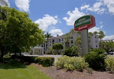 Courtyard by Marriott - Naples, Florida -