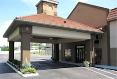 Quality Inn &amp; Suites - Medina, Ohio - 