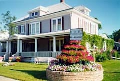 Prairie House Manor Bed & Breakfast - De Smet, South Dakota -