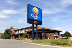 Comfort Inn Airport East - Ancienne-Lorette, Canada - Easy access and free parking
