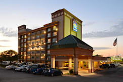 Best Western Plus Kelly Inn - Omaha, Nebraska -