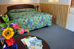 The Mainstay Motor Inn - South Wellfleet, Massachusetts -