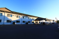 Grand Inn Fargo - Fargo, North Dakota -