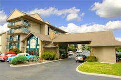 Smoky Meadows Lodge - Pigeon Forge, Tennessee -