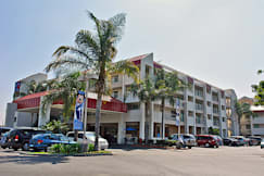 Motel 6 - Anaheim, California - 