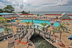 Le Grand Courlan Spa Resort - Black Rock, Trinidad and Tobago - Pool Ramp