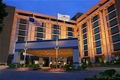 Crowne Plaza Hotel Philadelphia West - Philadelphia, Pennsylvania -