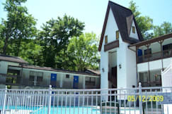 Grand Prix Motel Gatlinburg - Gatlinburg, Tennessee -