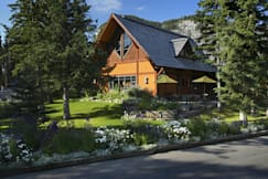 Buffalo Mountain Lodge - Banff, Canada -
