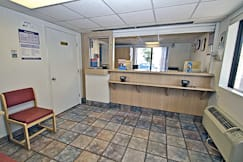 Motel 6 - Aurora, Illinois -