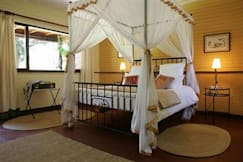 Mount Meru Game Lodge & Sanctuary - Usa River, Tanzania -