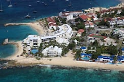 Flamingo Beach Villas - Pelican Key, St Maarten -