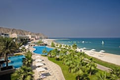 Radisson Blu Resort Fujirah - Al-Fujairah, United Arab Emirates -