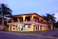 Blue Palm Hotel - Jaco, Costa Rica -