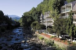 Rocky Water Motor Inn - Gatlinburg, Tennessee -