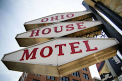 Ohio House Motel - Chicago, Illinois -