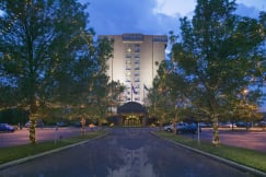 Crowne Plaza Minneapolis North - Brooklyn Center, Minnesota -