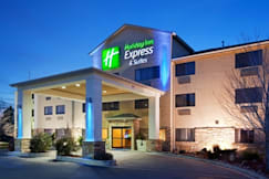 Holiday Inn Express & Suites - Colorado Springs, Colorado -