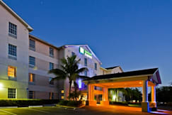 Holiday Inn Express - Bonita Springs, Florida - 