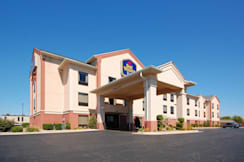 Best Western Plus Midwest City Inn Suite - Midwest City, Oklahoma - Exterior