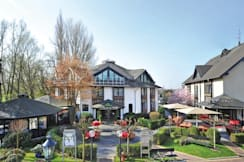 Best Western Landhotel am Zault - Dusseldorf, Germany - Exterior