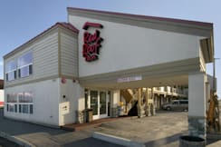 Red Roof Inn - Anchorage, Alaska - Inn Exterior