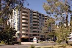 Adina Apartment Hotel, James Court - Canberra, Australia - 