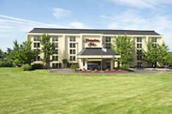 Hampton Inn Pittsburgh-Airport - Coraopolis, Pennsylvania - Exterior