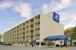 Americas Best Value Inn - Brook Park, Ohio -