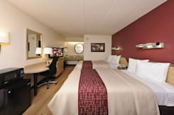 Red Roof Inn Raleigh Southwest - Cary - Cary, North Carolina - 