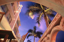 Crest Hotel & Suites - Miami Beach, Florida -