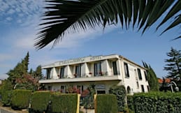 Hotel Le Chantilly - Cagnes-sur-Mer, France - Exterior view