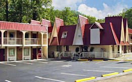 Motel 6 Gatlinburg - Gatlinburg, Tennessee -