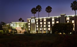 Crowne Plaza Costa Mesa - Costa Mesa, California - 
