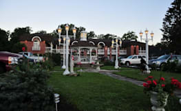 Lockport Inn and Suites - Lockport, New York - 