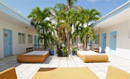 Aqua Hotel & Lounge - Miami Beach, Florida -