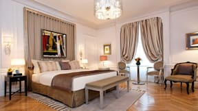 Majestic Villa & Hotel - Paris, France -