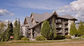 Whiski Jack Resorts- Aspens - Whistler, Canada -