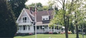 Holly House by The Canal - Bourne, Massachusetts -