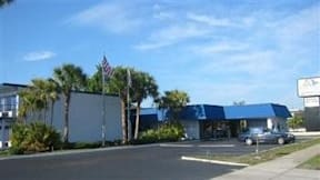 Regal Grand Lakeside Inn - Lakeland, Florida -