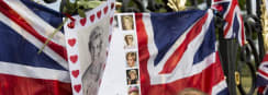Thousands Remember Princess Diana in Tribute