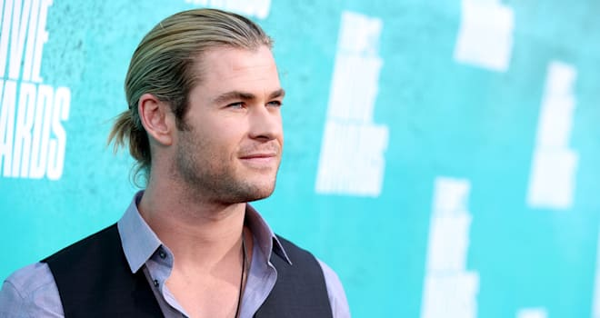 Chris Hemsworth at the 2012 MTV Movie Awards
