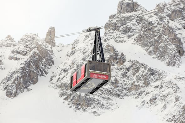 airbnb ski cable car, courchevel