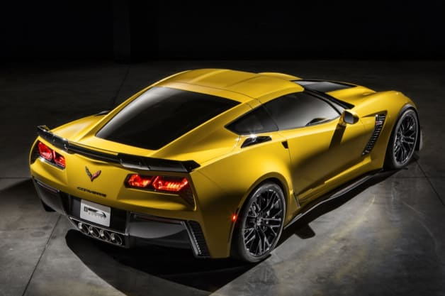 2015 Chevy Corvette Z06 rear view