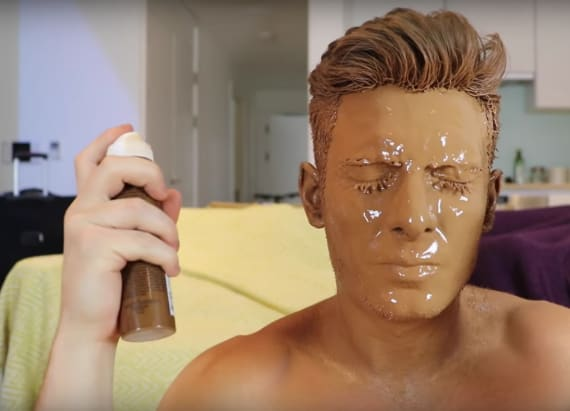 Man applies 100 layers of tanning spray