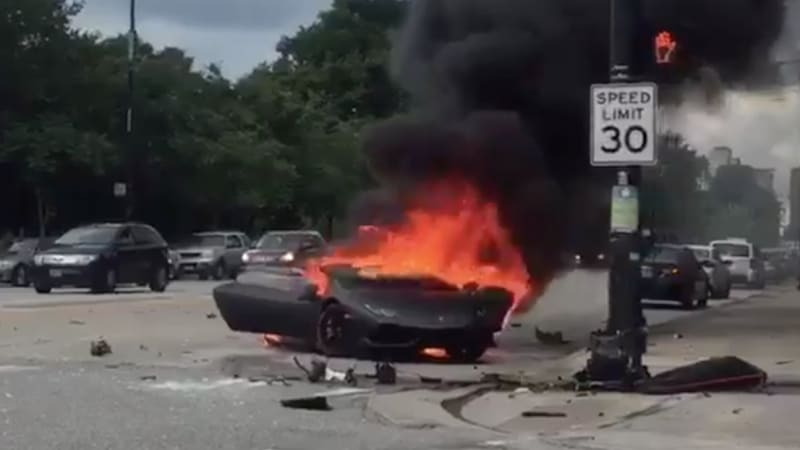 lamborghini huracan crashes burns splits in two in chicago mazdaspeed forums. Black Bedroom Furniture Sets. Home Design Ideas