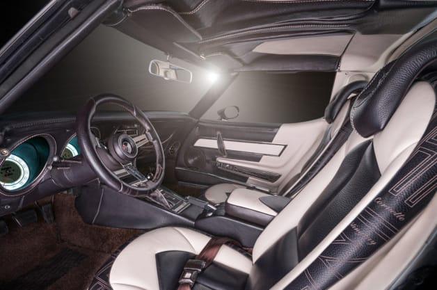 Vilner Redoes 39 76 Corvette Stingray To Show Off Interior Prowess